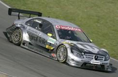 Mercedes kusi Kubicę