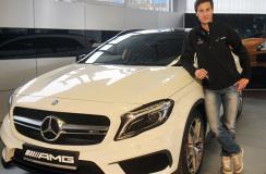 Kamil Stoch otrzymał Mercedesa GLA45 AMG